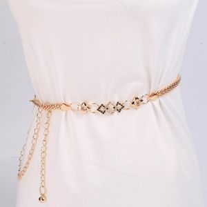 Glod Diamond Hollow Waist Chain Belt